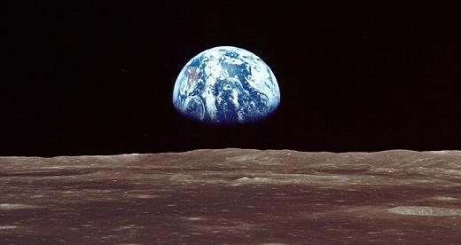 earthrise-nasa