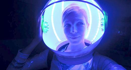 led-spacehelmet